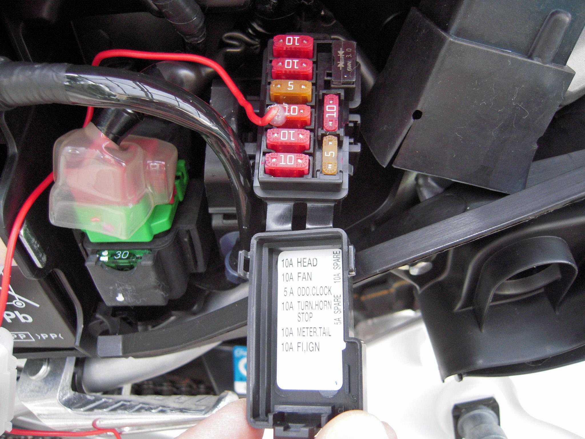 CRF250L MD44 ハンドル交換、USB電源取り付け | 趣味の乗り物ホーム ...